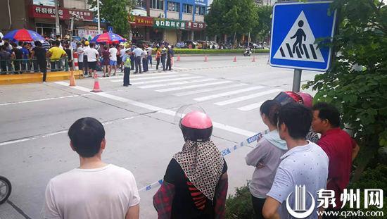 惠安:离学校仅百米 一名小学生和母亲遇车祸不幸身亡