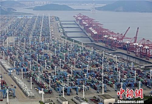 世界吞吐量最大的宁波舟山港如此火爆传递什么信号?