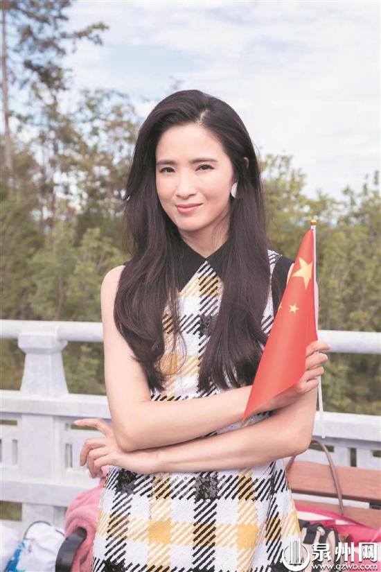 《我和我的祖国》全国公映 咱厝人龚蓓苾主演《北京你好》