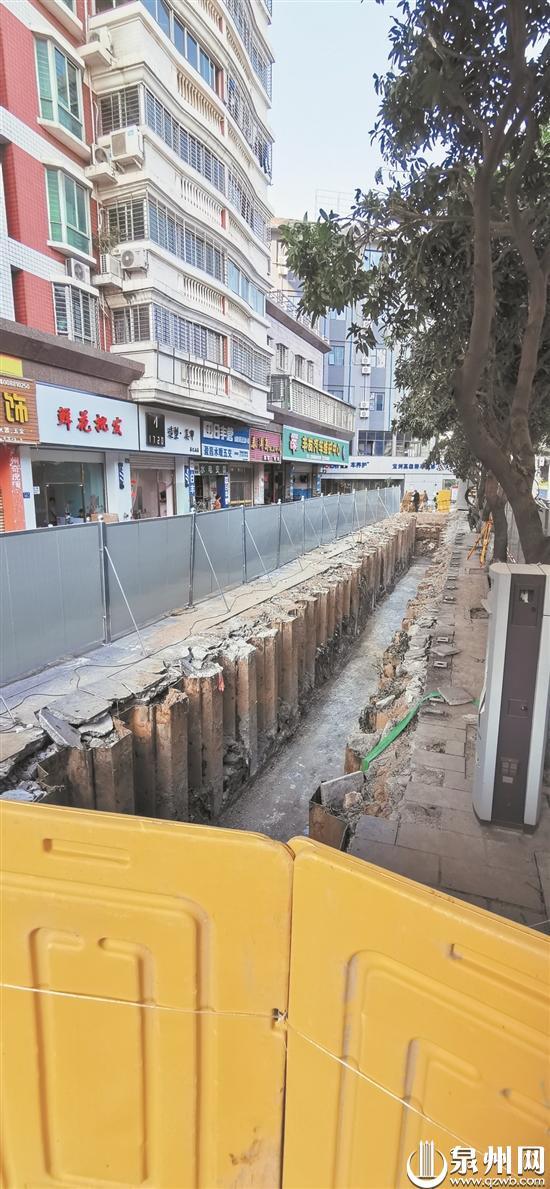 沉洲路开挖打桩致路面沉降 施工方:完工后将进行修复