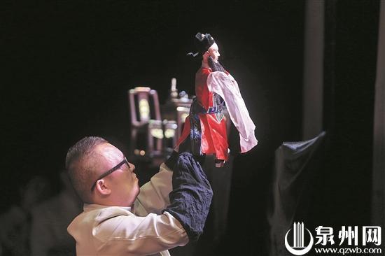 舞台小木偶 国际大使者——第六届中国泉州国际木偶展演侧记