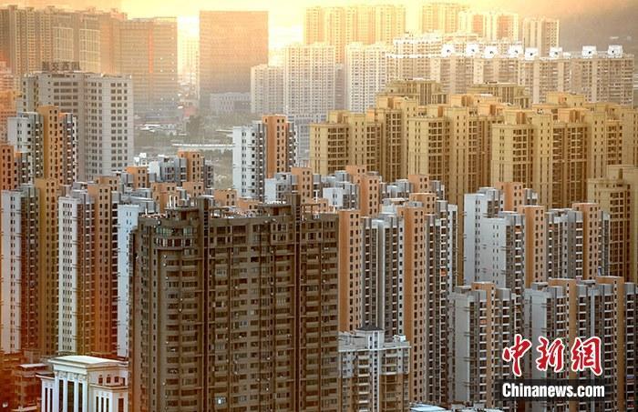 成交反弹、高价地频现 中国楼市热起来了吗?