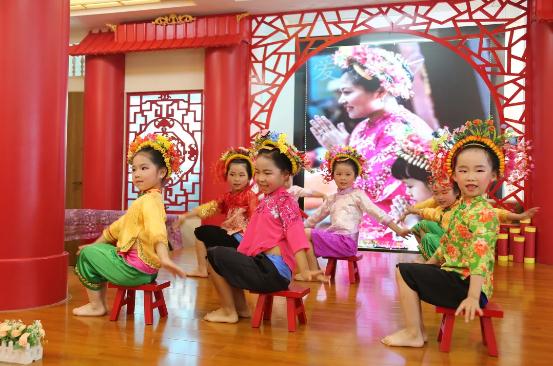 """丰泽区东湖中心幼儿园以爱照亮来自""""星星的孩子"""""""