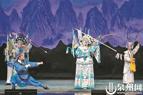 国家京剧院经典保留剧目——《杨门女将》在泉州大剧院精彩上演