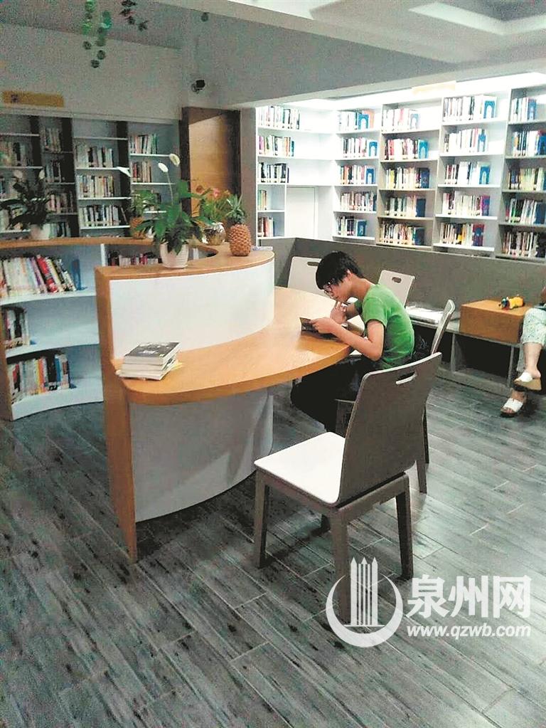 """百姓书房旨在提供""""十五分钟阅读圈"""""""