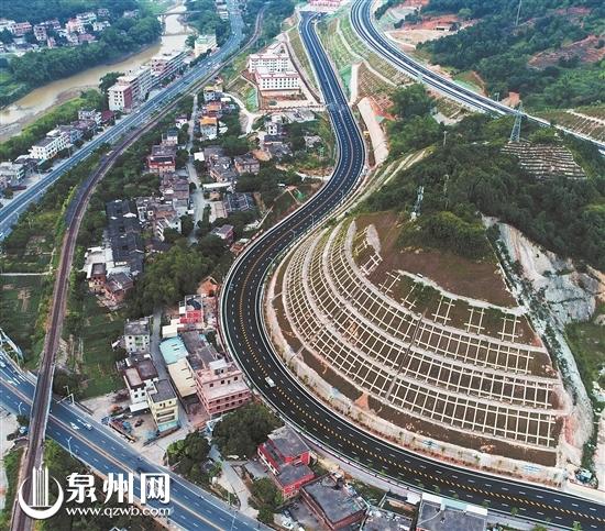 """厦沙高速公路泉州段串联安溪德化 将成两地""""黄金通道"""""""