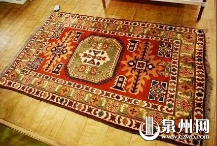 阿富汗地毯